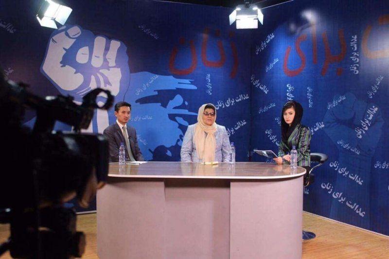 《女人电视台》节目录制场景。 (图/Zan TV脸书专页)