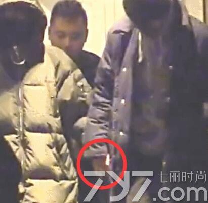 杨玏米露十指紧扣被拍疑恋情曝光 杨玏否认称只是好朋友