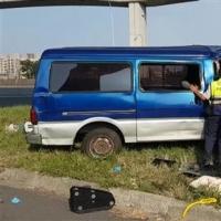 匝道过弯直撞高架桥墩 酿1死2伤