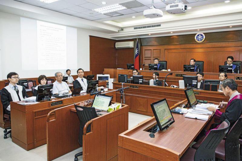此次苏炳坤案第5度声请再审,高等法院破例准予媒体拍摄。本案受命法官为林孟皇。