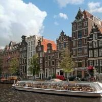 走进欧洲最佳春季旅游城市 郁金香国度荷兰
