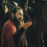 曹操刘备相继称王的原因是什么?庞德为什么不投奔刘备?